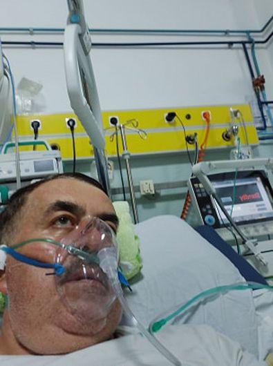 """Scriitorul vrâncean, acum polițist pensionar, Gheorghiță Mocanu este internat de aproape o săptămână la secția ATI a Spitalului Județean de Urgență(SJU) """"Sfântul Pantelimon"""" Focșani, după ce a fost confirmat pozitiv SARS-CoV-2"""