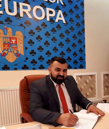 """Foto  Constantin Toader, președintele organizației Vrancea a Partidei Romilor """"Pro – Europa"""""""