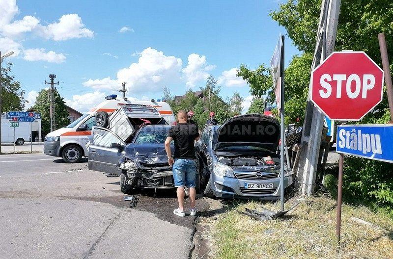 Un șofer vrâncean în vârstă de 41 de ani  a fost implicat în accidentul produs sâmbătă 15 mai 2021 la intersecția DN1B cu Dj203 G în zona popasului de la Merei din județul Buzău.Foto:reporterbuzoian.ro