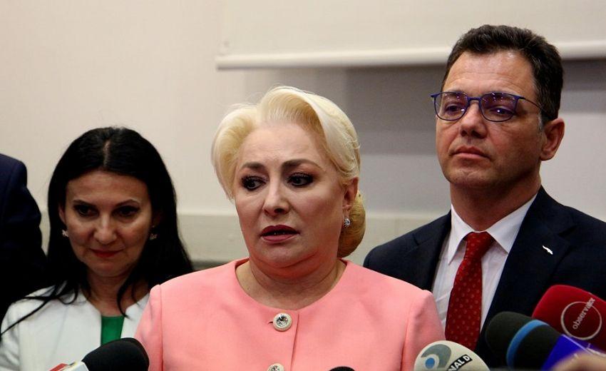 """Premierul Viorica Dăncilă în vizită cu huiduieli la Cluj: """"Violența este atributul oamenilor slabi""""-fotoDan Bodea-transilvaniareporter.ro"""