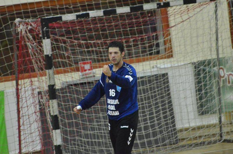 Emilian Marocico-portarul echipei de handbal masculin CSM Focșani 2007