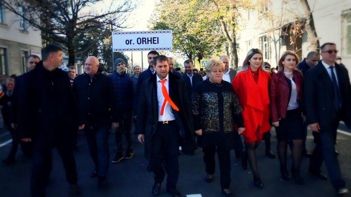 Ilna Șor, primarul Orheiului, în timpul defilării de ziua orașului. FOTO: Recorder