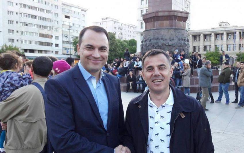 Misăilă și Ștefan, pe  vremea când erau competitori politici pentru fotoliul de primar al Focșaniului, în campania electorală pentru alegerile locale, din 2016
