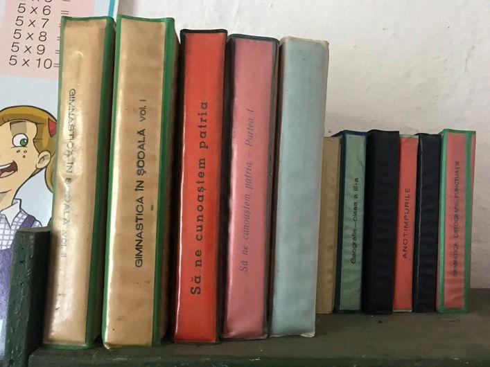 O minibibliotecă din timpurile trecute