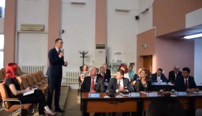 Bogdan Matișan a mulțumit aparatului administrativ pentru suportul din ultimii ani