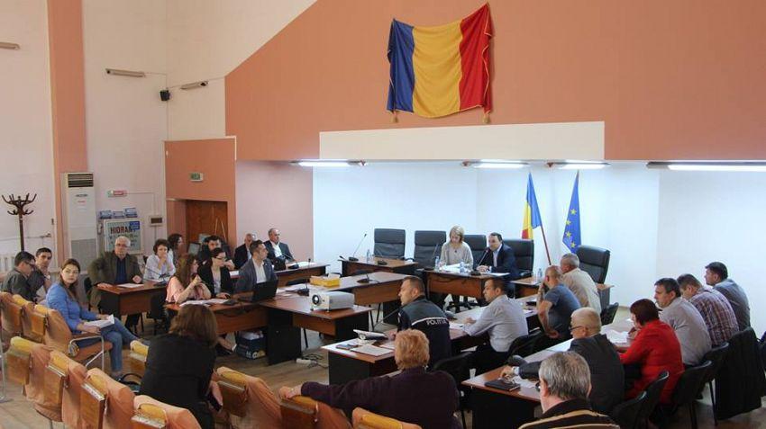 Comisia Tehnică de Amenajare a Teritoriului şi Urbanism a analizat cererile de atragere în intravilan a unor suprafețe de teren