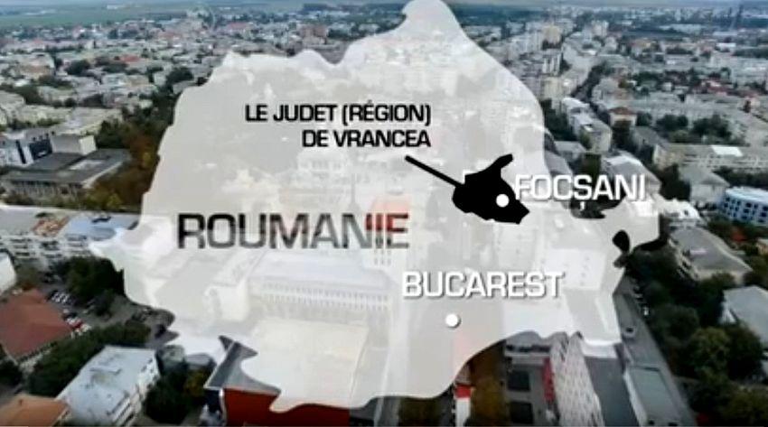 """Foto: Harta României cu prezentarea aberantă  """"Le judet (Region) de Vrancea"""""""