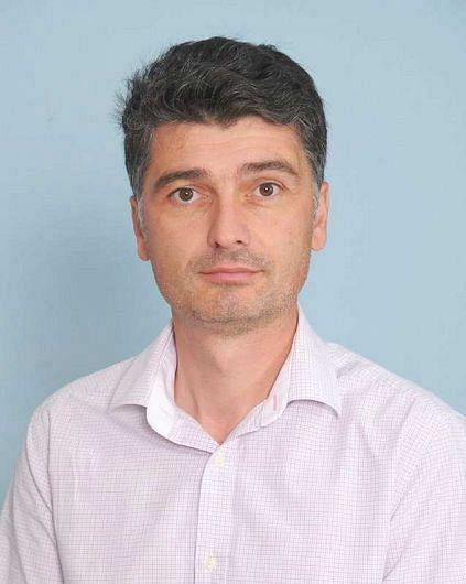 Cosmin Timofte, și-a anunțat demisia din partid chiar în timpul desfășurării lucrărilorconferințeijudețeanea USR Vrancea.