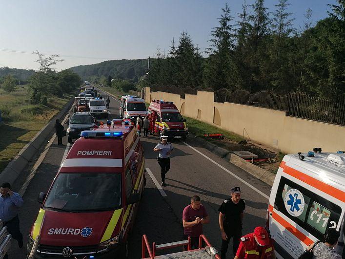 Accident teribil la Bolotești - doi morți și 11 răniți - a fost activat Planul Roșu de intervenție-Foto 4 ISU Vrancea