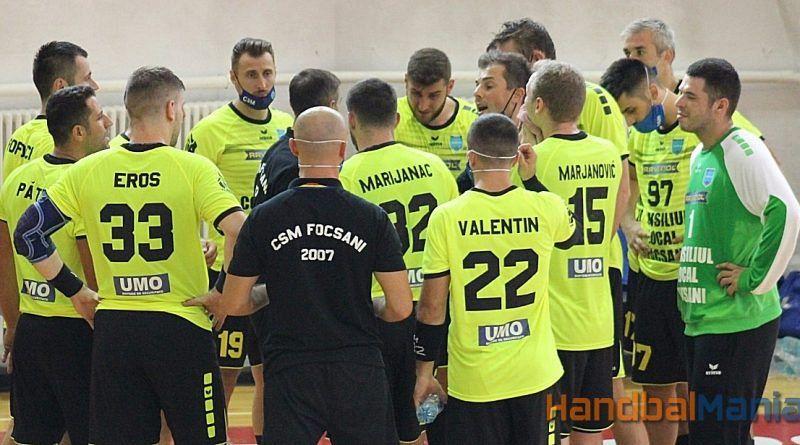 CSA Steaua București- CSM Focșani 2007 :26-20( 13-15).CSM Focșani a câștigat ultimul meci disputat miercuri 16 decembrie 2020, în Sepsi Arena, în cadrul etapei a XIII-a a Ligii Zimbrilor. Vrâncenii s-au impus meritat în fața Stelei, grație unei evoluții mai bune a liniei de 9 metri, dar și datorită intervențiilor portarului Marocico.Foto:handbalmania.ro