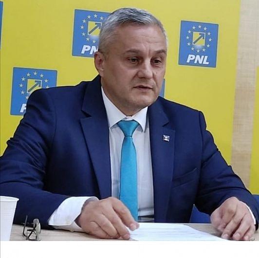 """""""M-am hotărât să candidez la funcția de președinte al organizației municipiului Focșani"""" a precizat actualul președinte al PNL Focșani, secretarul de stat în Ministerul Dezvoltării, Lucrărilor Publice și Administrației (MDLPA), Nicu Tănase în conferința de presă susținută vineri 11 iunie 2021"""