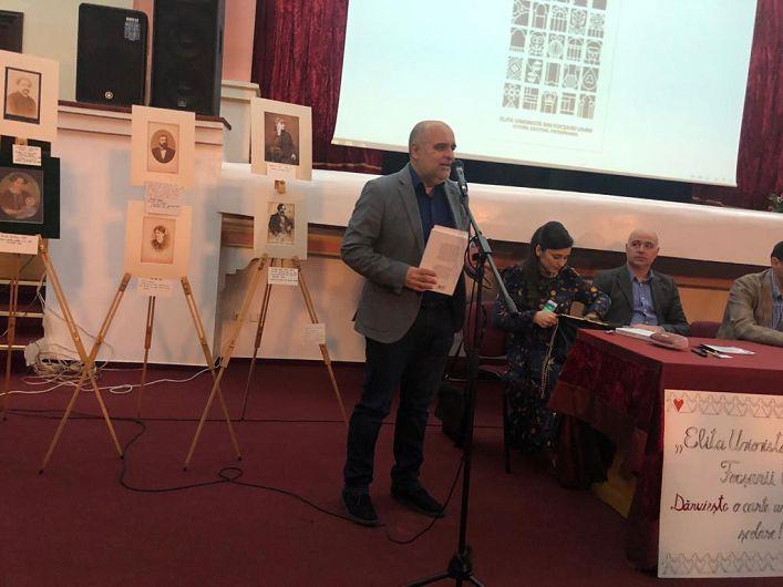 """Cunoscutul jurnalist Ovidiu Nahoi, redactor-șef RFI România, a fost prezent la evenimentul de lansare a cărții""""Elita unionistă din Focșanii Unirii. Istorii. Destine. Patrimoniu"""""""