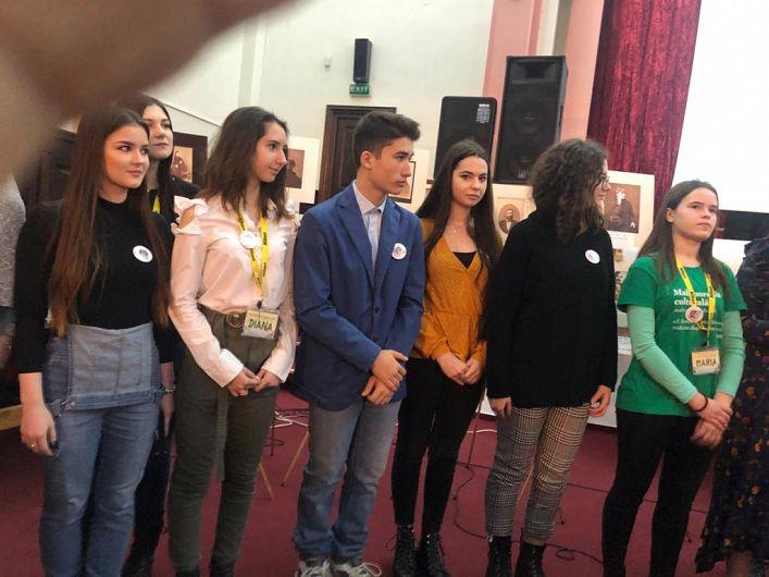 """Voluntarii Asociației """"Eu, tu și ei"""" au fost prezenți sâmbătă la evenimentul de lansare a cărții""""Elita unionistă din Focșanii Unirii. Istorii. Destine. Patrimoniu"""""""