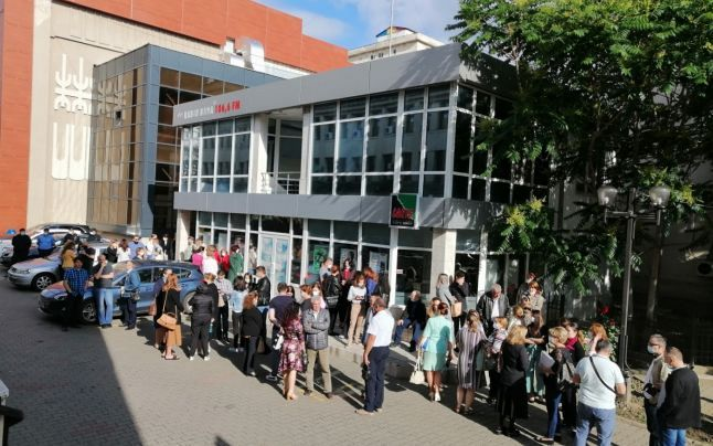 Protestul de luni 14 iunie 2021 al angajaţilor din Primăria Focşani .Foto:adevarul.ro