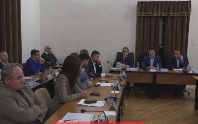 Ședință extraordinară eșuată din cauza lipsei de cvorum, a CL Focșani, joi 05 decembrie 2019.Foto:adevărul.ro