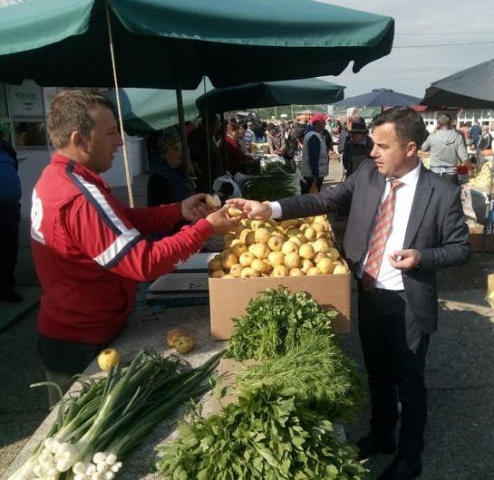 Foto Deputatul PNL de Vrancea, Ion Ștefan, propune o lege prin care fermierii români să fie stimulați să aducă produse autohtone în piață