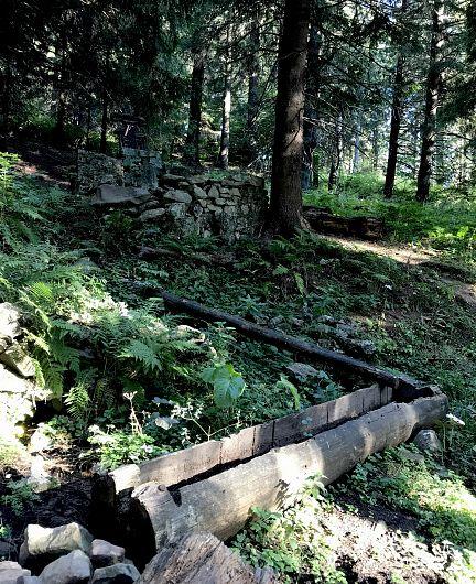 Foto:Vrancea neștiută-Munții Vrancei-Fântana lui Ferdinand