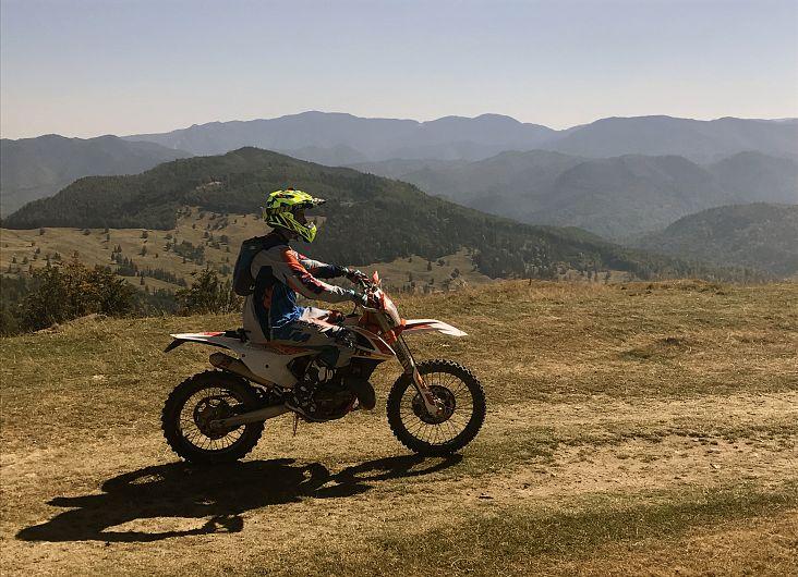 Foto:Vrancea neștiută-Munții Vrancei-cu motocileta prin munți