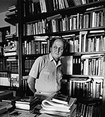 Astăzi despre Ion Caraion - scriitorul despre care în timpul regimului  comunist se auzea doar la Europa Liberă
